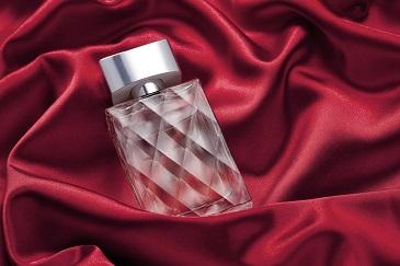 Feromony damskie - perfumy z feromonami, ranking