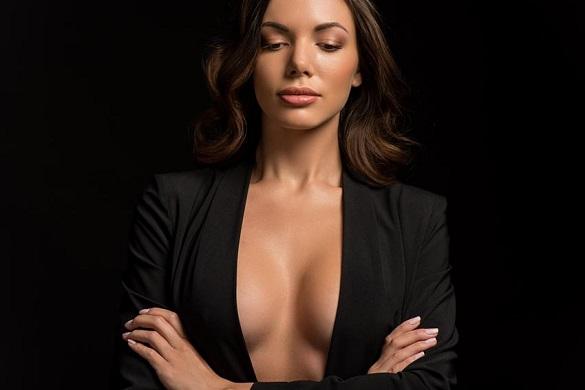 Rodzaje i kształty kobiecych piersi