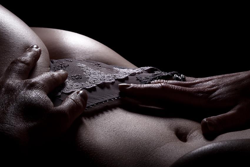 Techniki i tricki, jakich musisz spróbować podczas masturbacji